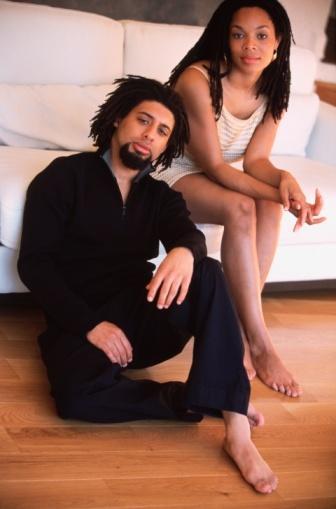 女人被男人床了操_女人渴望男人的7种亲吻方式-床上功夫-玉环纵纵横-三